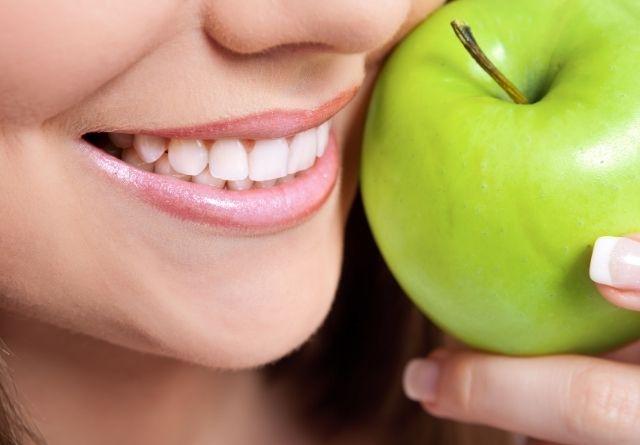 La fruta es esencial para lucir la mejor sonrisa