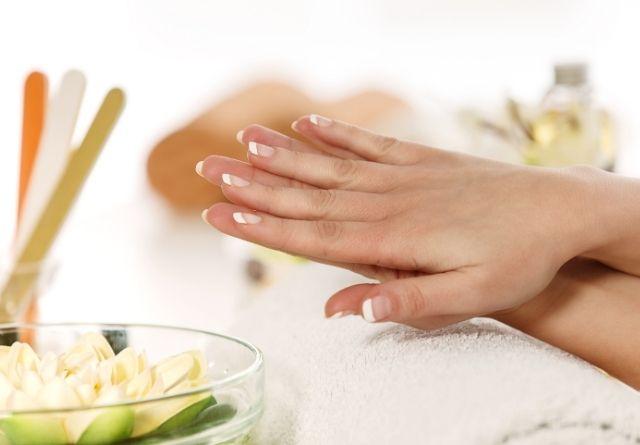 Resulta fundamental saber cómo cuidar las uñas de las manos