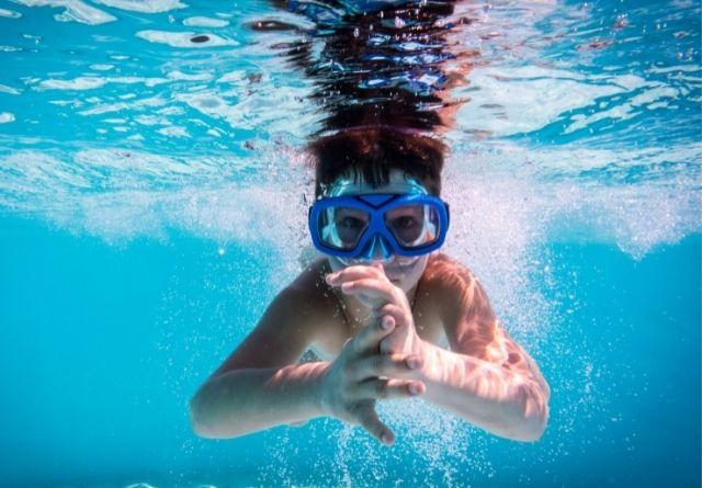 uidado que debemos tener con la dermatitis atópica en verano en las piscinas